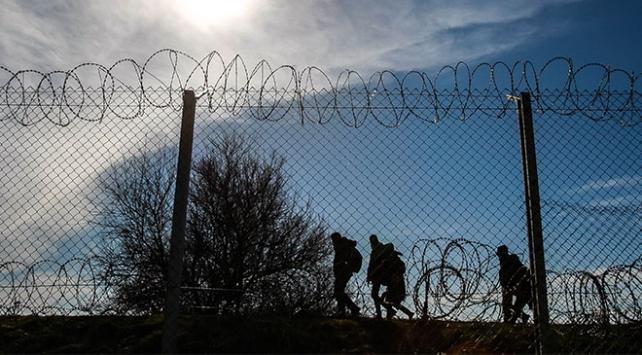 ABDye giden göçmenler Meksikadan geçemedi