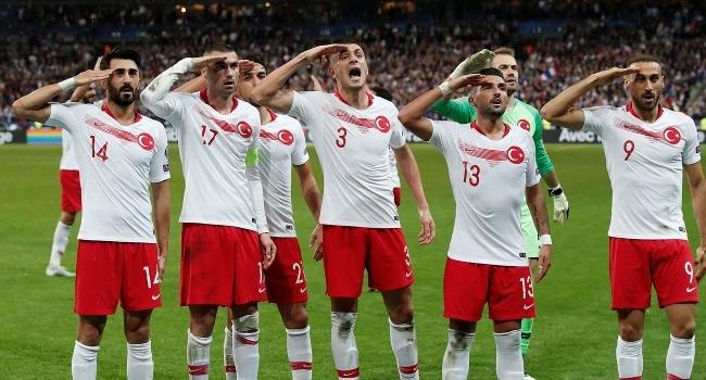 A Milli Futbol takımımız Fransadan istediğini aldı