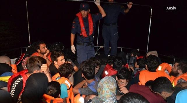 Çanakkalede 25 düzensiz göçmen yakalandı