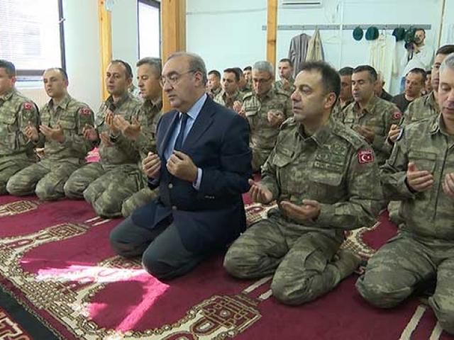 Bosna Hersek'teki Mehmetçikten silah arkadaşlarına dua