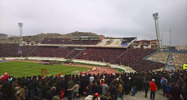 İranda Barış Pınarı Harekatını destekleyen futbolcuya ceza