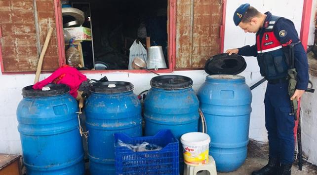 Aydında 2 bin 820 litre kaçak içki ele geçirildi