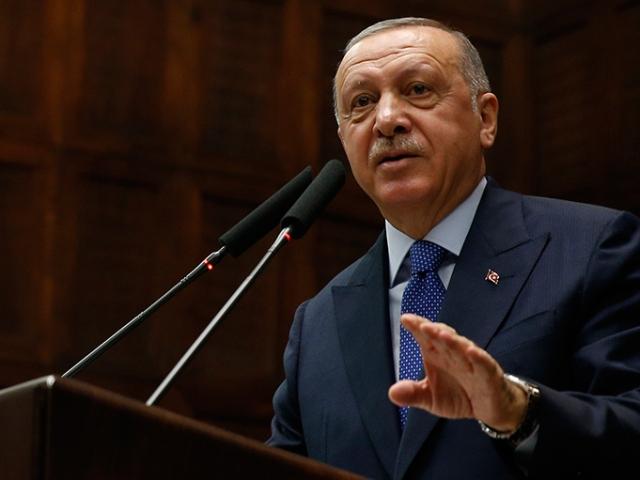 Cumhurbaşkanı Erdoğan'dan Macron'a tepki: Aynaya bak