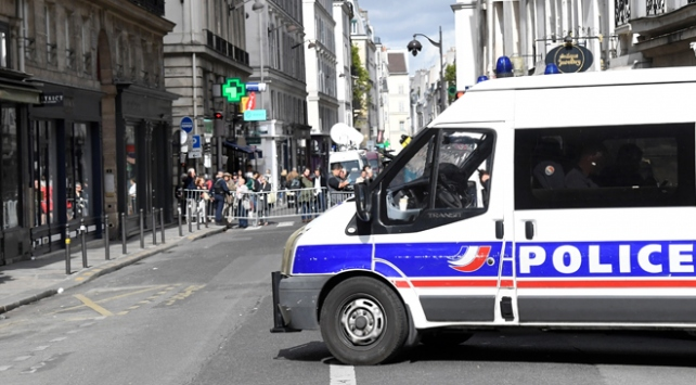 Fransa'da üç PKK/YPG yandaşı gözaltına alındı