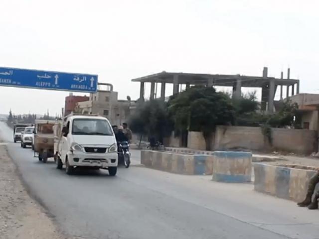 'Kürtler de Araplar da teröristlerin zulmünden kurtulmak istiyor'