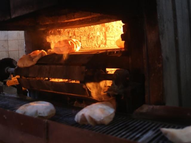 SMO Tel Abyadda fırını çalıştırıp halka ekmek yapmaya başladı