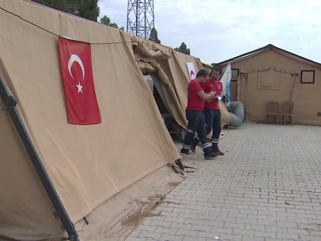 Mehmetçiğin canı cephe hattında sağlık personeline emanet