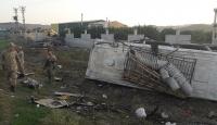 Hatay'da işçileri taşıyan minibüsle tır çarpıştı: 1 ölü, 26 yaralı