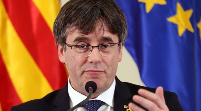 Eski Katalan lider Puigdemont teslim oldu