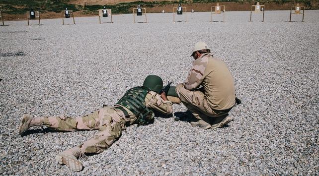Hollanda, Iraktaki askerlerinin görev süresini uzattı