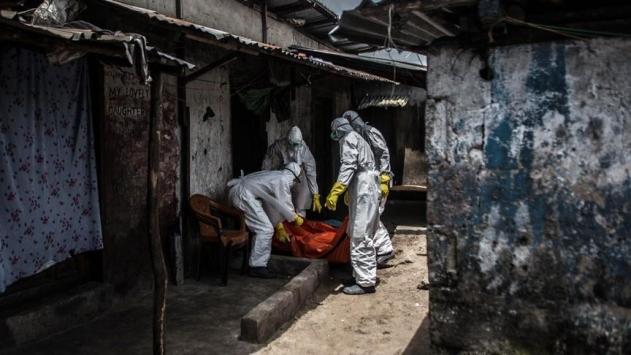 """Ebola salgını nedeniyle """"küresel acil durum"""" sürecek"""