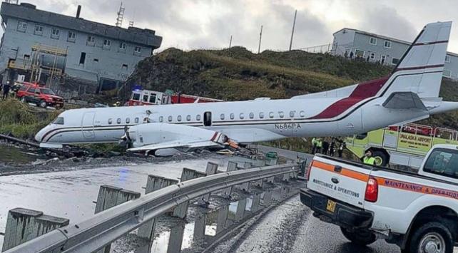 Alaskada yolcu uçağı pistten çıktı: 1 ölü, 10 yaralı