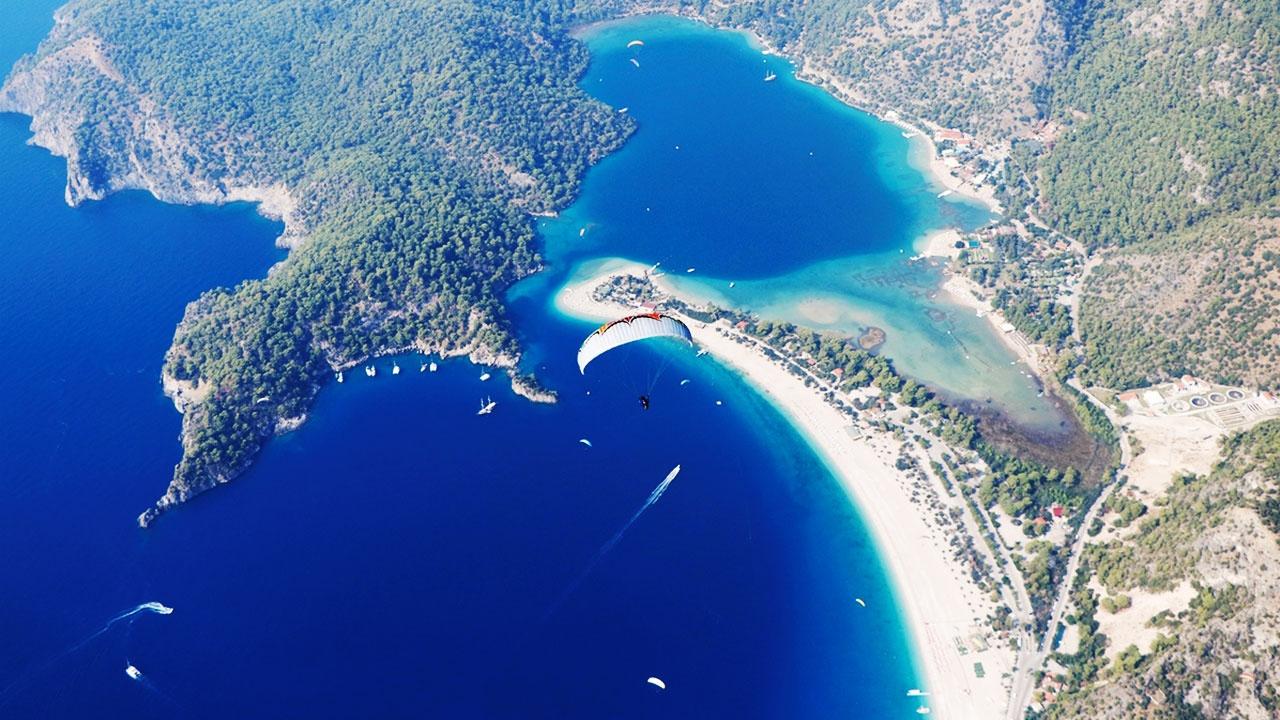 Yamaç paraşütünün merkezi: Babadağ