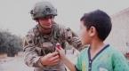 Terörden temizlenen Tel Halafta Mehmetçik çocukların yüzünü güldürdü