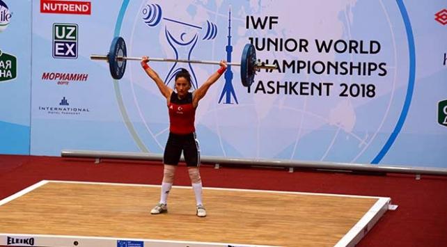 Genç halterci Gamze Karakol Avrupa şampiyonu oldu