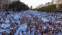 """Arjantin'de """"Milyonun yürüyüşü"""" etkinliği düzenlendi"""