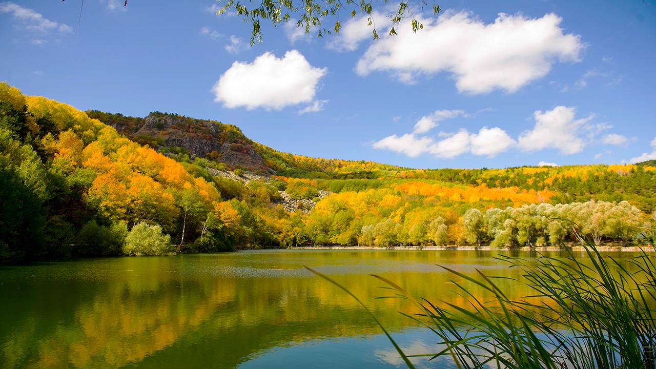 Karagöl Tabiat Parkında sonbahar renkleri