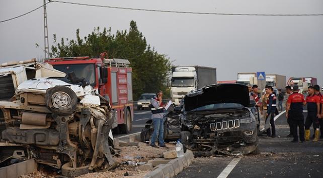 Mardinde Başsavcı ve Adalet Komisyonu Başkanı trafik kazasında yaralandı