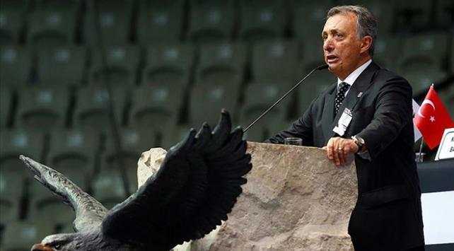 Beşiktaşın yeni başkanı Ahmet Nur Çebi oldu