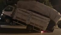 Antalya'da kamyonet şaha kalktı