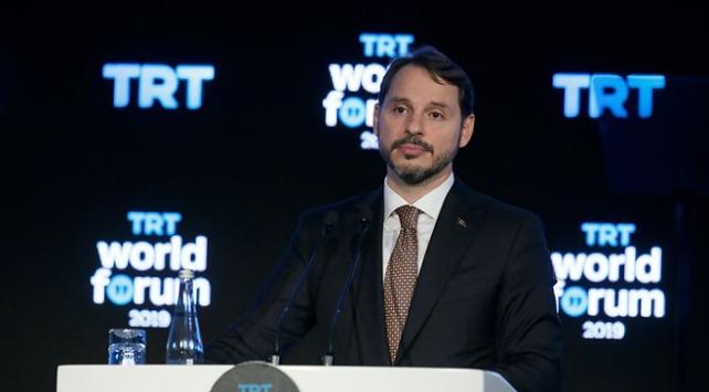 """""""Türkiye ekonomisi iç ve dış şoklara karşı ciddi direnç gösterdi"""""""