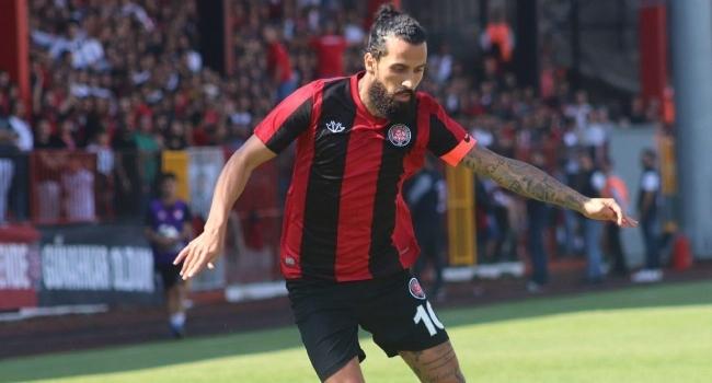 Teknik Direktör Zengin, ilk galibiyetini kendi golleriyle aldı