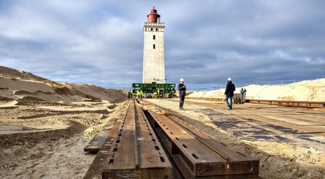 Danimarkada 120 yıllık deniz feneri karadan yürütülüyor