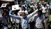 Haiti'de öğretmenler Devlet Başkanının istifası için sokaklarda