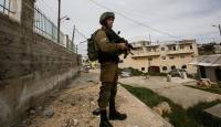 İsrail güçleri Batı Şeria'da 7 Filistinliyi gözaltına aldı