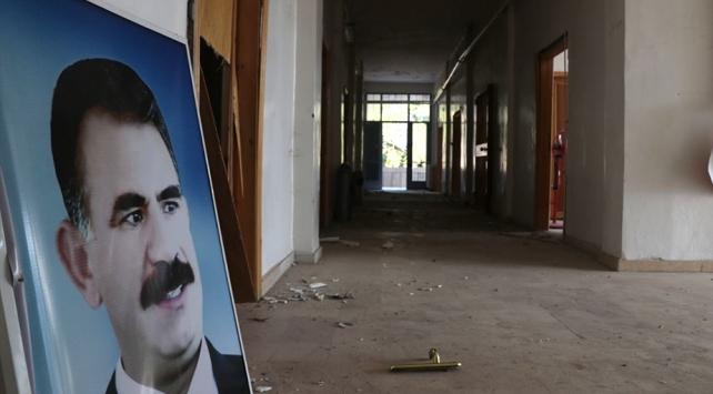 """Terörist inlerindeki görüntüler """"YPG-PKK ayrımı""""nı yalanlıyor"""
