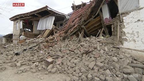 İzmir'de 10 farklı senaryo üzerinden deprem planı hazırlanacak