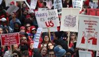 Chicago'da öğretmenlerin grevi binlerce öğrenciyi etkiledi