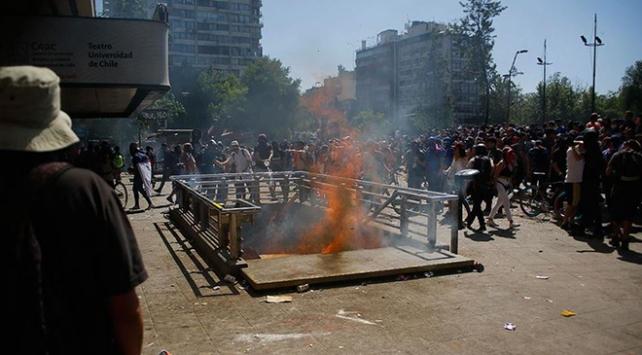 Şilideki protestolarda 19 kişi hayatını kaybetti