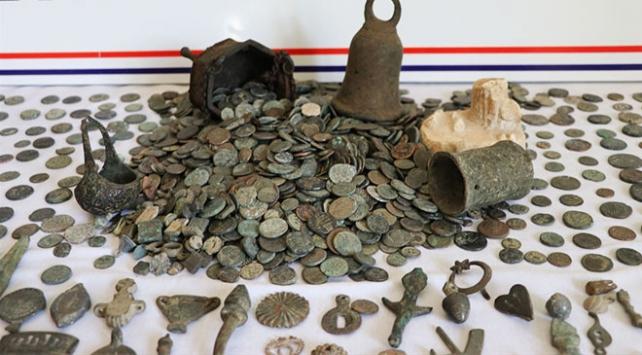 Kütahyada Roma ve Bizans dönemlerine ait 3 bin sikke bulundu