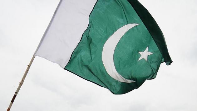 Pakistanda muhalefet partileri sokağa iniyor