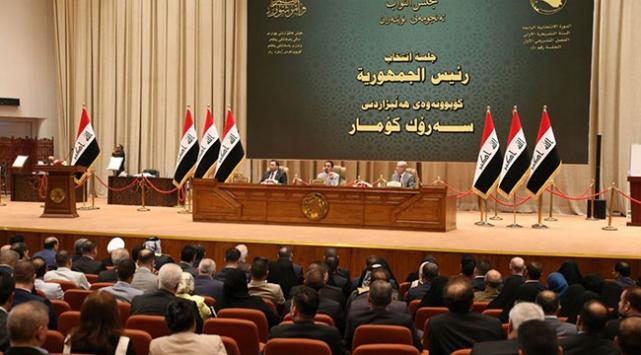 Irak Meclisinde Sadr grubu, muhalefete geçti
