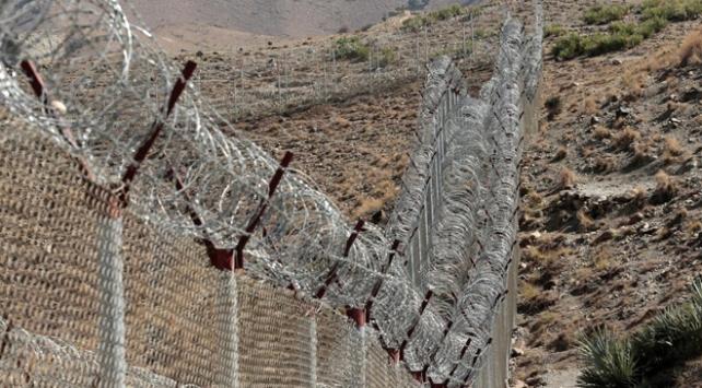 Afganistan-Pakistan sınırında çatışma çıktı