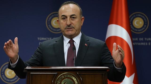 Bakan Çavuşoğlu: YPGliler para karşılığında DEAŞlıları serbest bırakıyor