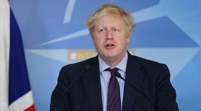 İngiltere Parlamentosundan Johnsonın erken seçim önerisine ret