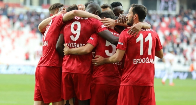 Süper Ligde ilk 9 haftanın yerli raporu