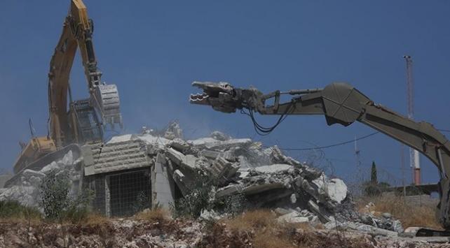 İsrail Doğu Kudüste Filistinlilere ait bir evi daha yıktı