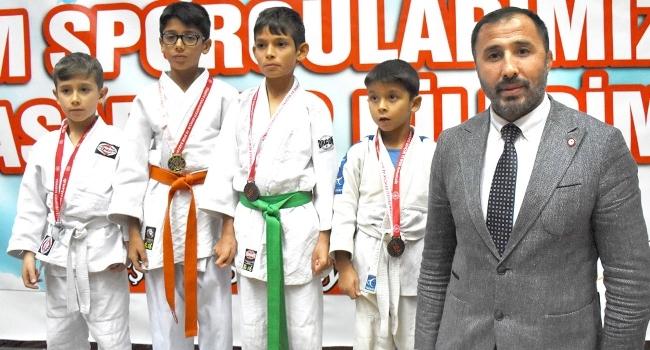 Judoda hedef 100 bin çocuğa ulaşmak