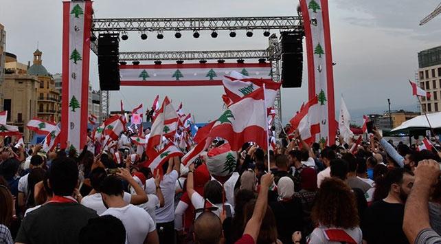 7 soruda Lübnandaki kitlesel gösteriler