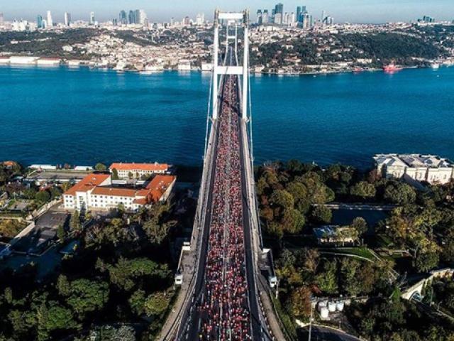 41. İstanbul Maratonu koşuluyor