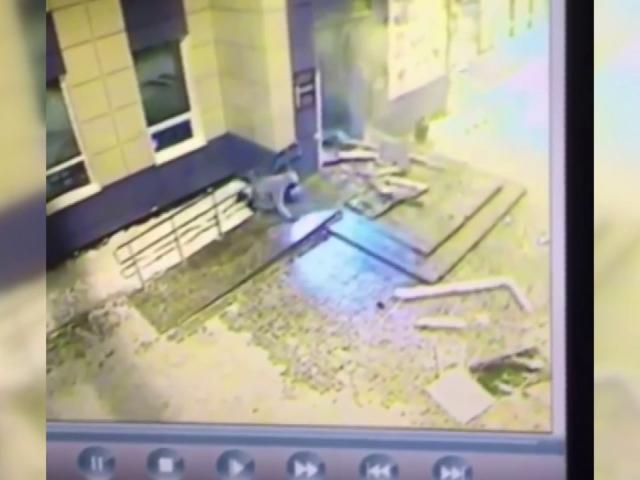 Rusyada ATM hırsızları AVMyi havaya uçurdu