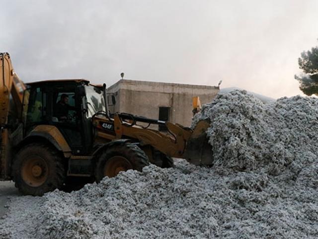 Şanlıurfada çırçır fabrikasında yangın: Tonlarca pamuk kül oldu