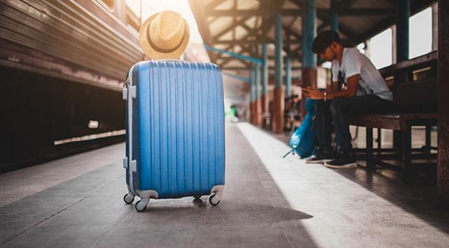 Seyahat için 3 ayda 10,7 milyar lira harcandı