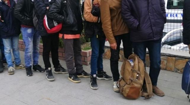 Edirnede 234 düzensiz göçmen yakalandı