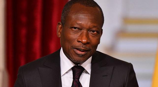 Afrikada Fransız frangı kullanan ülkeler Fransadaki paralarını geri çekecek