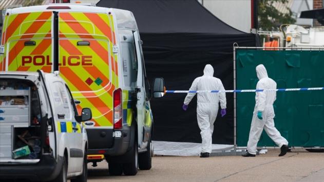 İngilterede tırın arkasında ölü bulunan 39 kişinin kimlikleri açıklandı